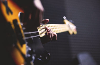 【洋楽】ベースがカッコいい名曲 10選 その1