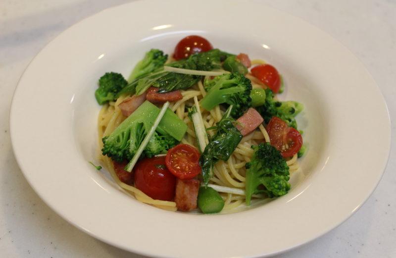 旦那飯!本格ペペロンチーノの美味しい作り方/野菜とベーコンのペペロンチーノ